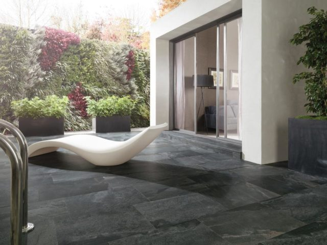 Porcelanosa Samoa Antracita 435x659 Installed